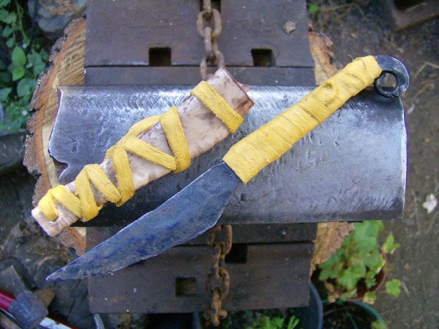 celtic-iron-age-black-lion-sgian-dubh-n anvil.jpg