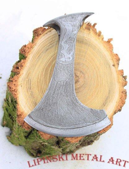 Oblique bearded axe 6.jpg