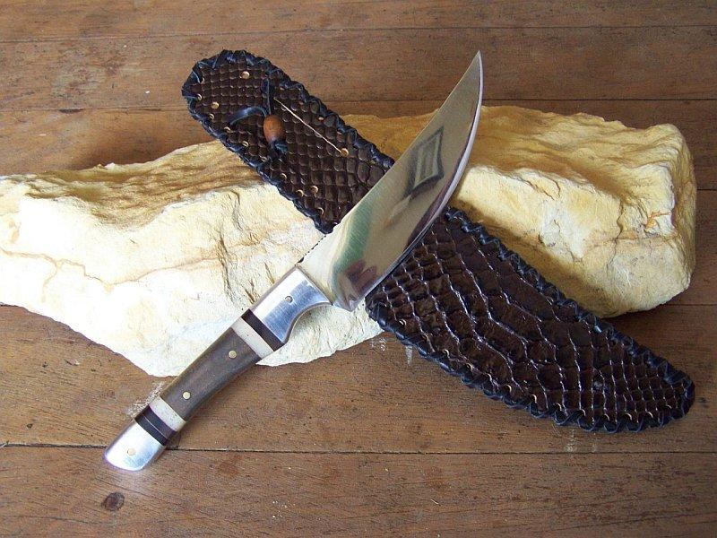 birdknife.jpg