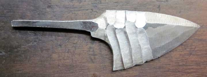 Knapped_Steel_Neck_Knife_18.jpg