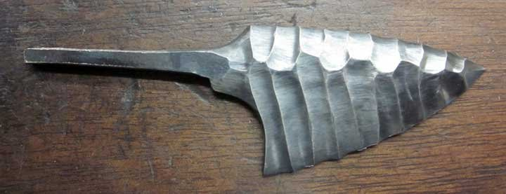 Knapped_Steel_Neck_Knife_20.jpg