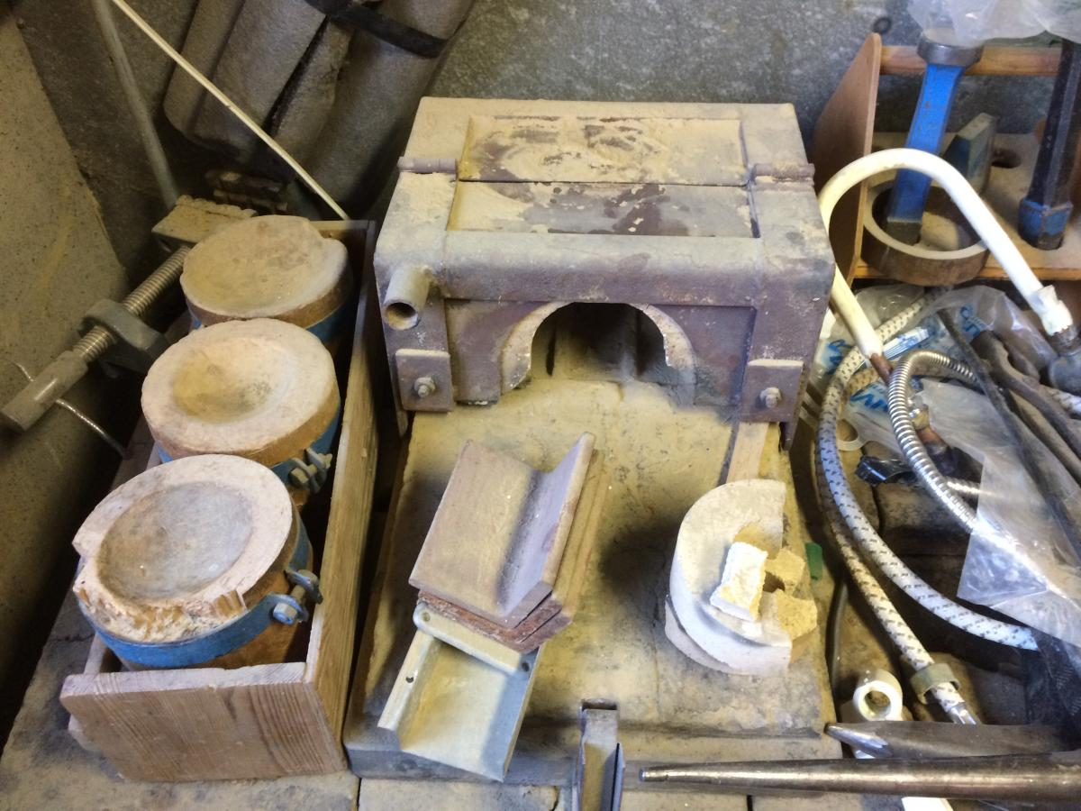 Old gas forge in Sweden? - Tools and Tool Making - Bladesmith\'s ...