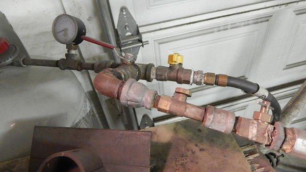 Gas valves (2)_opt.jpg