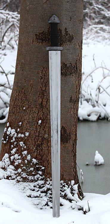 Sword Petersen type H 3.JPG
