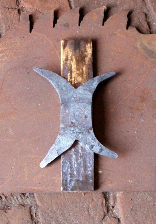 Siekiera kuta Forged axe 2.JPG