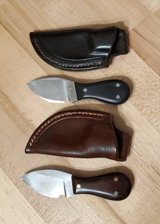 3 finger knives.jpg