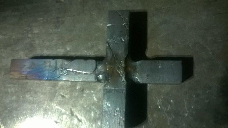 Cross008.jpg