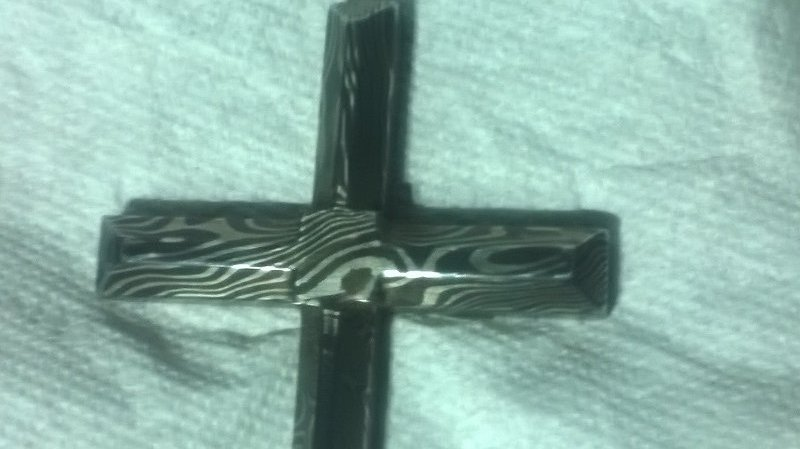 Cross017.jpg