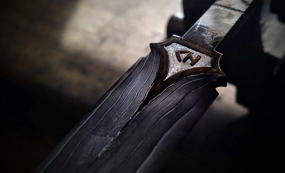 dagger taste.jpg