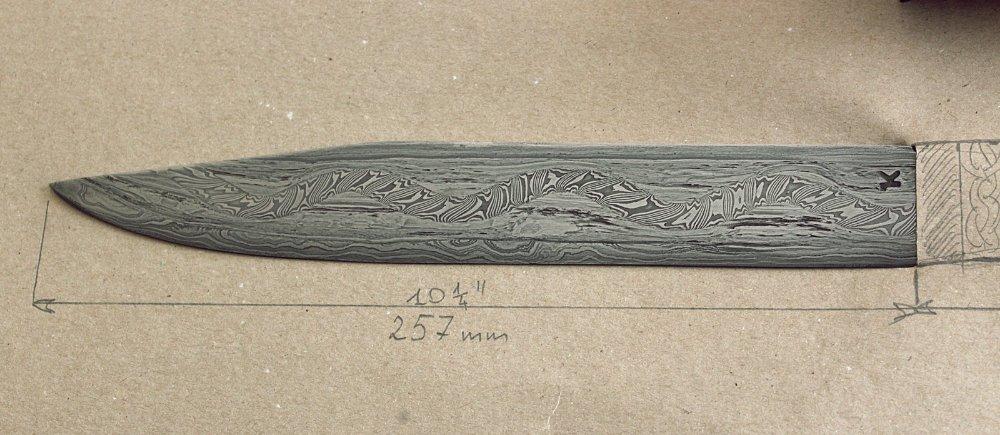 Serpent seax with sheath 10.JPG