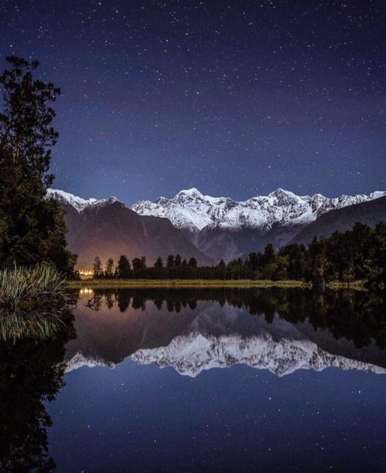 Lake matheson at night.png